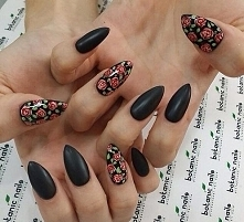 Róże + czerń *.*