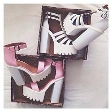 jak nazywają się te buty?