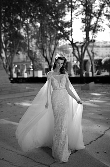 Berta Bridal S/S 2016   Więcej na prettyday.pl