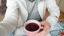 szklanka czerwonego barszcz...