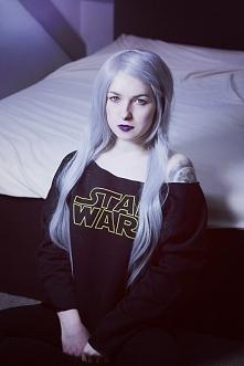 Modelka: Silver Wolfie, blu...