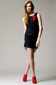 fanstayczna czarna sukienka...