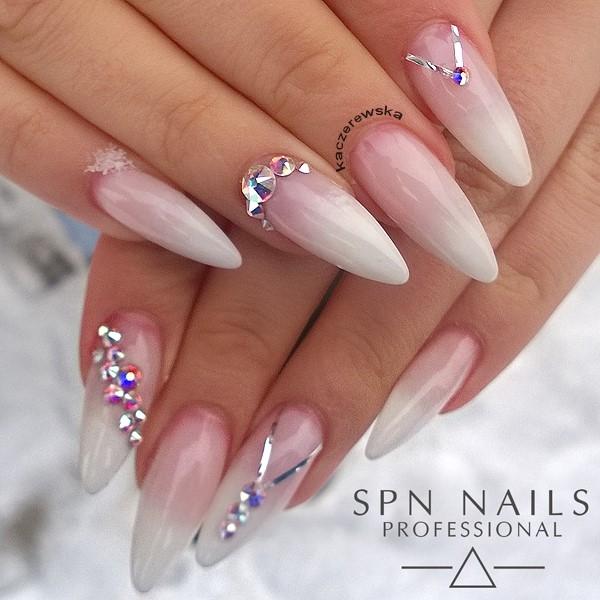 Babyboomer W Wersji Glamour 3 Nails By Karolina Kaczerewsk Na