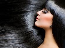 Kochane, jakie polecacie kosmetyki do nawilżenia włosów? Często prostuje włos...