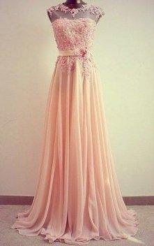 romantyczna,pudrowo różowa suknia