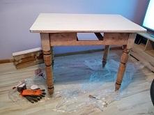 tak prezentował się stolik ...