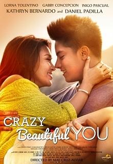 Crazy Beautifiul You -- Rozpuszczona dziewczyna zostaje zmuszona do uczestnictwa w misji medycznej wraz ze swoją mamą. Tam poznaję ubogiego chłopaka , który zmienia jej nastawie...
