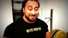 #kulturystyka - Zahir #Khudayarov - trening mięśni klatki piersiowej na siłow...