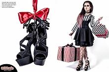 Modelka Silver Wolfie, foto Sharon Dusk, sesja dla sklepu Attitude Holland. Rzeczy użyte w sesji: bluzka Restyle, sukienka Punk Rave, rajstopy Leg Avenue, buty Pleaser shoes, na...