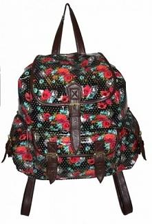 Lakierowany, czarny plecak w różyczki