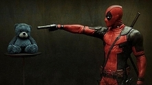 Deadpool i miś. :3