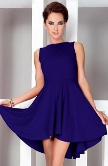 SAF 33-5 sukienka chabrowa Elegancka sukienka, wykonana z miękkiej i gładkiej dzianiny, pieknie podkreśla kobiece kształty