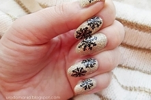 płatki śniegu na paznokciach :)