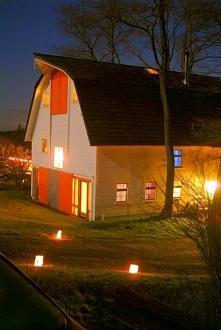 Przebudowa stodoły w dom jednorodzinny - zobacz jak została przeprowadzona re...