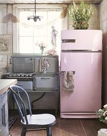 pastelowa lodoówka