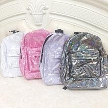 Holograficzne plecaki