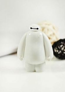 power bank Baymax!!! <33333