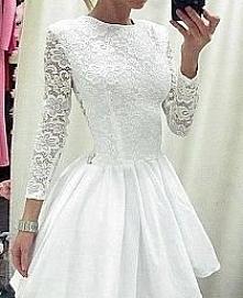 Zszywka - inspiruje ;-P Pierwszy raz zobaczyłam tą sukienkę właśnie na zszywce i zakochałam się w niej <3 Jak będę brała ślub cywilny to właśnie w takiej sukience chciałabym ...