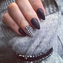uwielbiam matowe paznokcie
