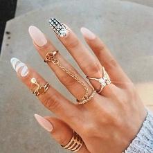 magiczne paznokcie *.*