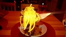 Pomysł na szybki niedzielny obiad - spaghetti z pesto z suszonych pomidorów -...