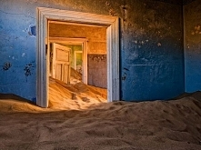 Abandoned House in Namib De...