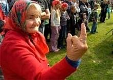 Ta babcia nie odpuszcza xd