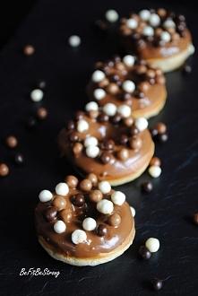 Doughnuts, donuts, pieczone pączuszki z dziurką. W wersji lekko odchudzonej :)