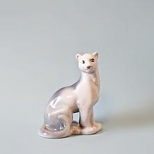 Porcelanowa puma z fabryki ...