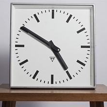 Zegar dworcowy Pragotron