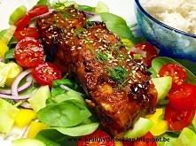 Dzisiaj u mnie na stole ryba. Łosoś w sosie z jeżyn! Wyszedł pyszny!  I ahhh jak wyglądał marzenie! Idealny na niedzielny obiad lub kolacje! Pełny przepis znajdziecie u mnie na ...