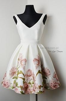 sukienka kwiaty  sukienkowo