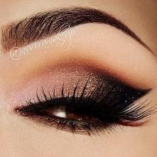 Piękny i zmysłowy ;)