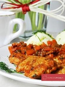 Propozycja na dzisiejszy obiad! Schab duszony w warzywach i delikatnym sosie :)