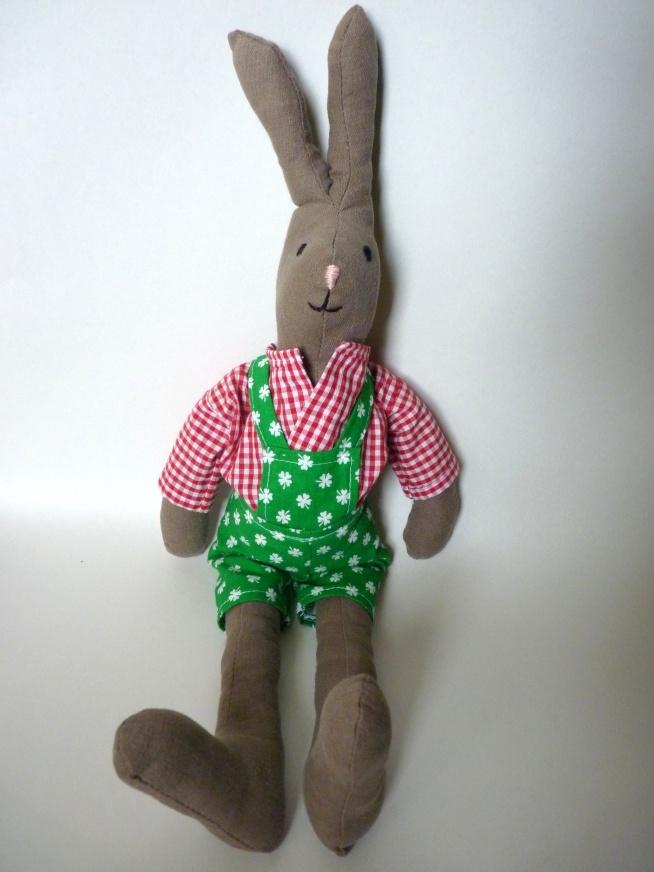 Mięciutki króliczek, idealny na Wielkanoc ! Zachęcam do zamawiania już teraz, święta tuż tuż ;)  (kolorystyka dowolna) kontakt mailowy: handmadeeh@gmail.com