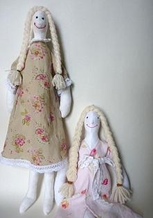 Mięciutkie laleczki zrobione ręcznie przez moją mamę ! Zachęcam do zamawiania :D (kolorystyka dowolna)  kontakt mailowy: handmadeeh@gmail.com