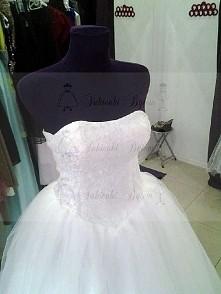suknia ślubna princess koronka