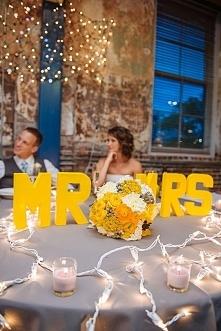 Żółte wesele > kolor przewodni na ślub inspiracje >