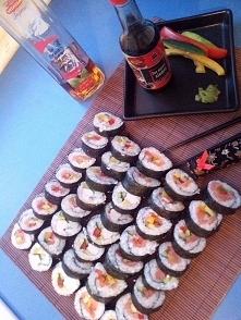 moje pierwsze własnoręczne sushi