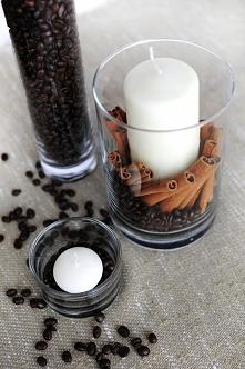 Szklanka , świeczki , kawa i laski wanilii ;)