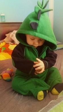 Rawr! I'm a dinosaur!!