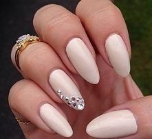Eleganckie paznokcie - więcej po kliknięciu