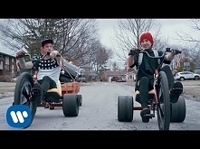 Twenty one pilots- Stressed Out