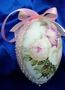 Różyczkowe jajeczko :-)