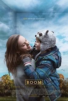 """""""Pokój""""  Jack ma pięć lat, gdy dowiaduje się od mamy, że pokój, w którym mieszka z nią od urodzenia, nie jest całym światem. Wychował się tu, myśląc, że po drugiej str..."""