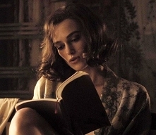 Keira Knightley <3 Reading <3
