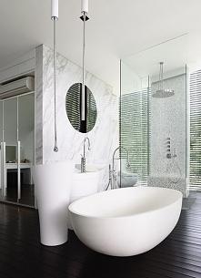 Elegancka łazienka, łazienka w kolorze bieli - zainspiruj się eleganckim desi...