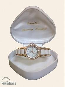 Zegarek biały na rękę
