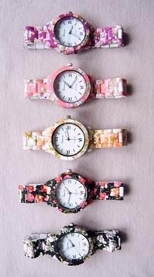 Kobiece zegarki na rękę - kwiatowy wzór