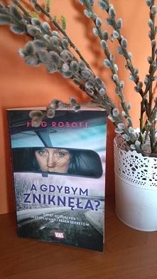 """""""A gdybym zniknęła?"""" jest powieścią drogi, ukazującą piękno surowej natury, poszerzającą wiedzę o odmiennych kulturach. Zwraca również uwagę na to, iż niezależnie od n..."""